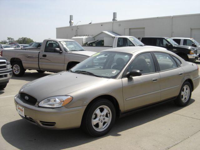 2007 Ford Taurus Se Sedan For Sale Cedar Falls Ia 15 995