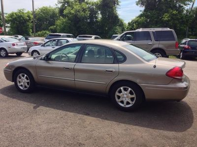 2007 Ford Taurus SEL Fleet 4dr Sedan - Click to see full-size photo viewer