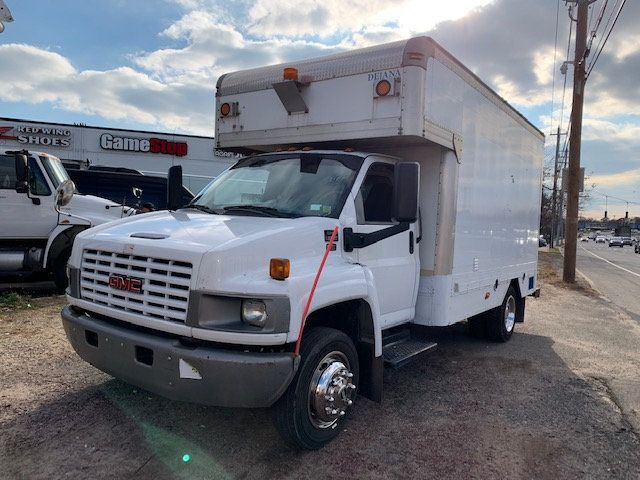 2007 GMC C-5500 13 FOOT ENCLOSED SERVICE TRUCK WITH OVERHANG - 18323353 - 3