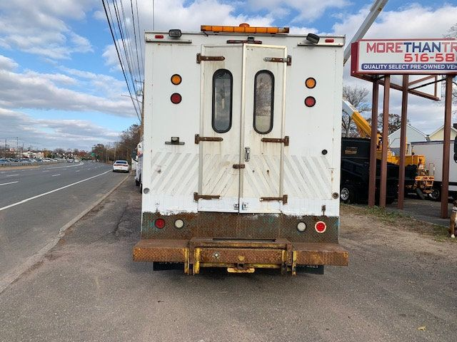 2007 GMC C-5500 13 FOOT ENCLOSED SERVICE TRUCK WITH OVERHANG - 18323353 - 8