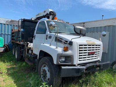 2007 GMC C-8500 TANDEM 10 YARD DUMP TRUCK WITH KNUCKLE BOOM