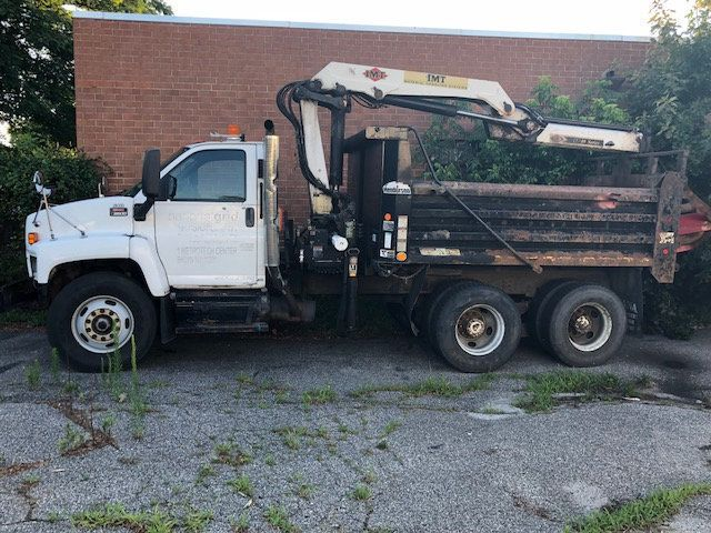2007 GMC C-8500 TANDEM 10 YARD DUMP TRUCK WITH KNUCKLE BOOM CLAM SHELL BUCKET - 17549669 - 9