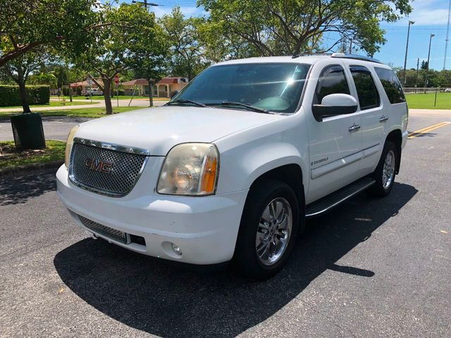 Used Gmc Yukon Denali >> 2007 Used Gmc Yukon Denali Awd 4dr At A Luxury Autos Serving