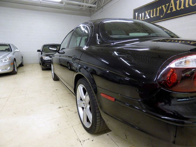 2007 Jaguar S-Type 4dr Sedan R - Click to see full-size photo viewer