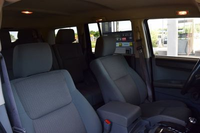 2007 Jeep Commander 4WD 4dr Sport - Click to see full-size photo viewer
