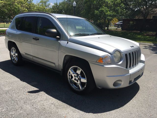 2007 Jeep Compass 2WD 4dr Limited - Click to see full-size photo viewer