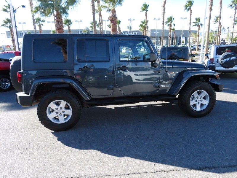 2007 Jeep Wrangler 4WD 4dr Unlimited Sahara - 17104136 - 3
