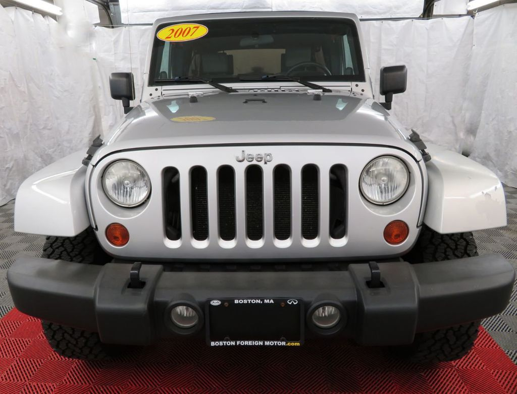 2007 Jeep Wrangler 4WD 4dr Unlimited Sahara - 18370052 - 1
