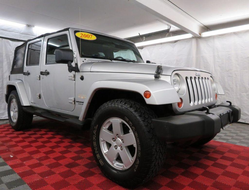 2007 Jeep Wrangler 4WD 4dr Unlimited Sahara - 18370052 - 2