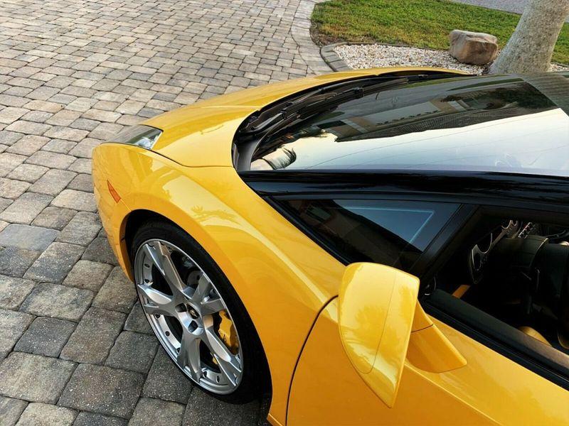 2007 Lamborghini Gallardo 2dr Convertible - 14905654 - 11