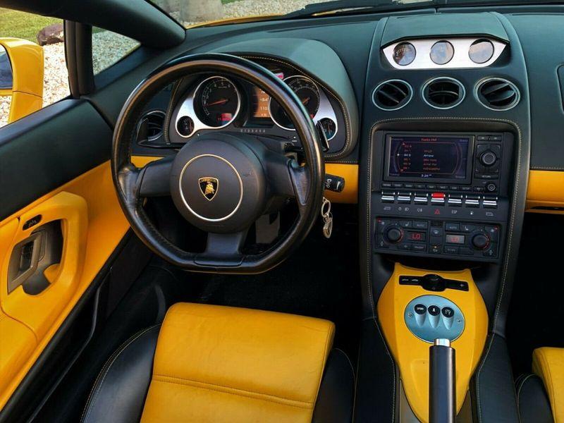 2007 Lamborghini Gallardo 2dr Convertible - 14905654 - 18