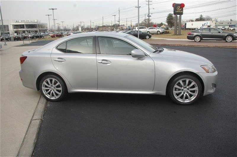 2007 Lexus IS 250 Base Trim - 8102063 - 3