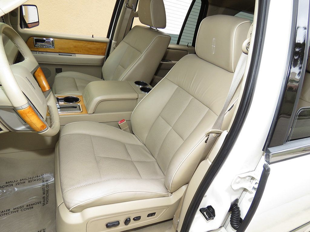 2007 Lincoln Navigator 2WD 4dr Ultimate - 15148450 - 17