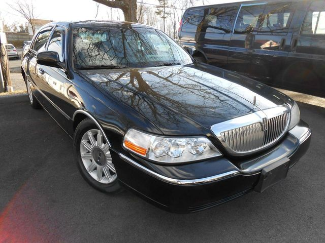 2007 used lincoln town car signature limited at auto king sales inc serving westchester county. Black Bedroom Furniture Sets. Home Design Ideas