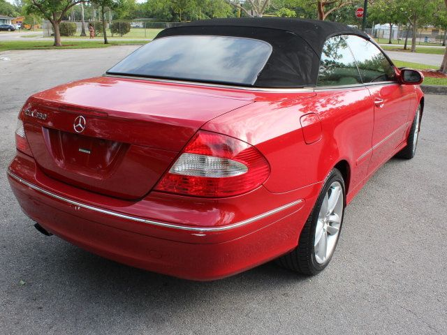 2007 Mercedes-Benz CLK CLK350 2dr Cabriolet 3.5L - Click to see full-size photo viewer