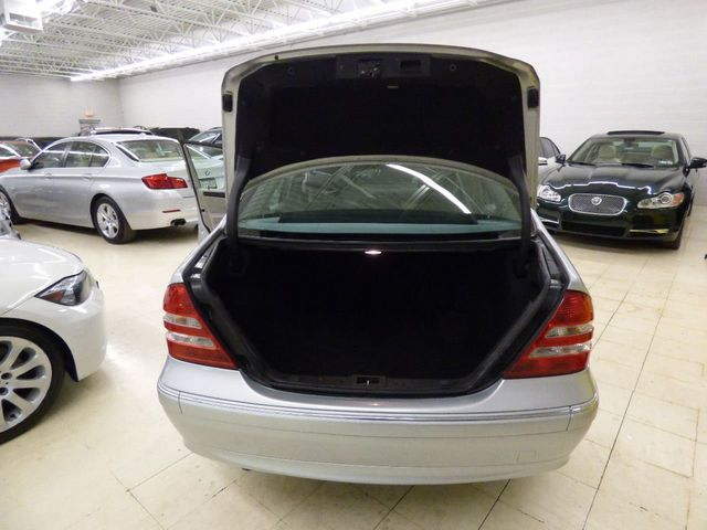 2007 Mercedes-Benz C-Class 4 MATIC SATELITE RADIO 59K MILES  - Click to see full-size photo viewer