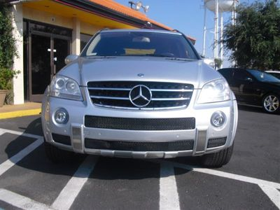 2007 Mercedes-Benz  ML63 4MATIC 4dr 6.3L AMG - Click to see full-size photo viewer