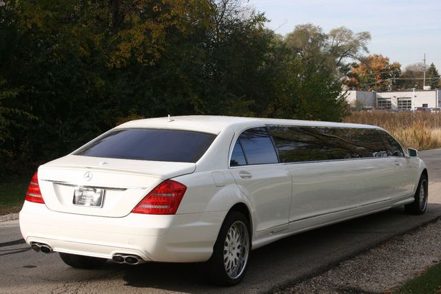 2007 Mercedes-Benz S-Class S550 4dr Sedan 5.5L V8 RWD - Click to see full-size photo viewer