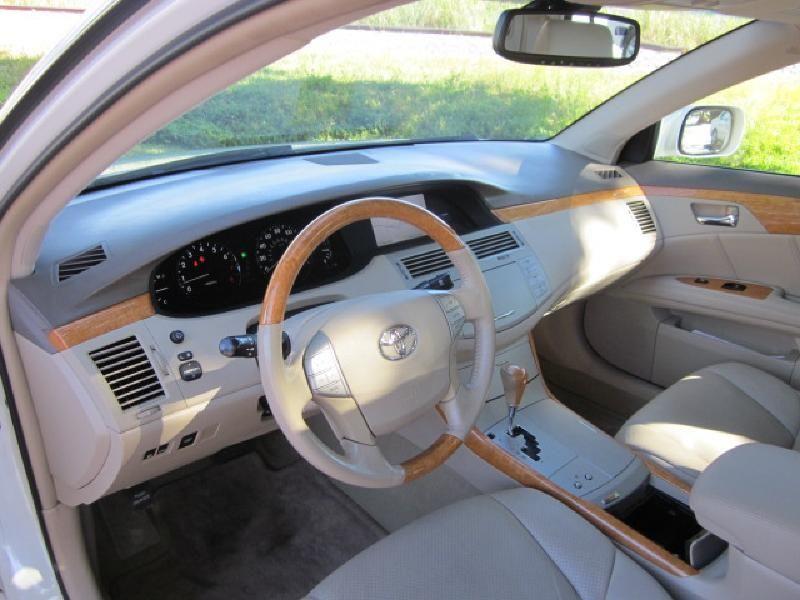 2007 Toyota Avalon XLS - 9816558 - 11