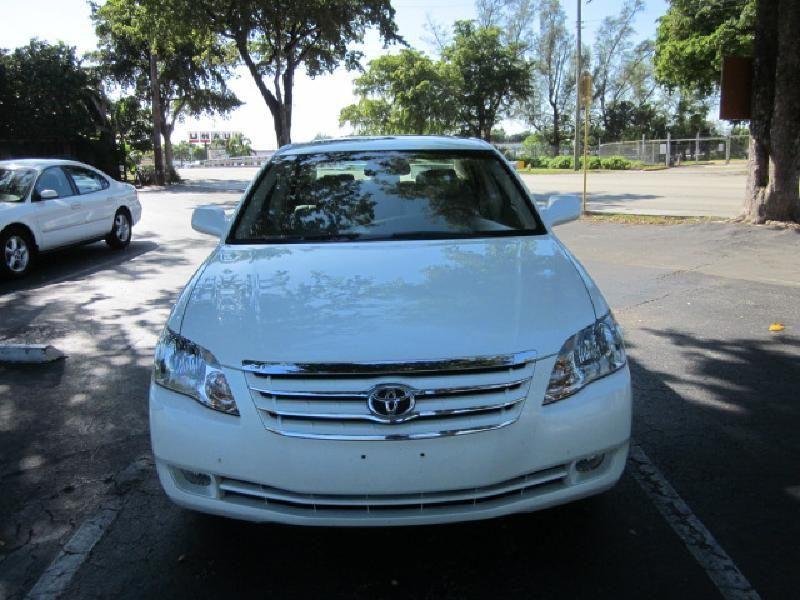 2007 Toyota Avalon XLS - 9816558 - 1
