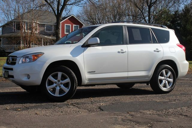 2007 Toyota RAV4 V6 AWD LIMITED w/ NEW TIRES - Click to see full-size photo viewer