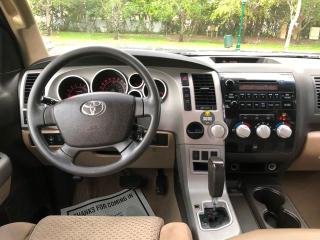 "2007 Toyota Tundra 2WD CrewMax 145.7"" 5.7L SR5 - Click to see full-size photo viewer"