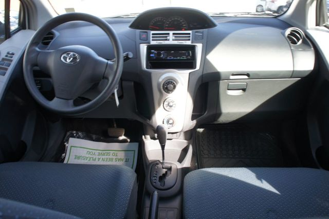 2007 Toyota Yaris 3dr Hatchback Automatic - 18232248 - 9