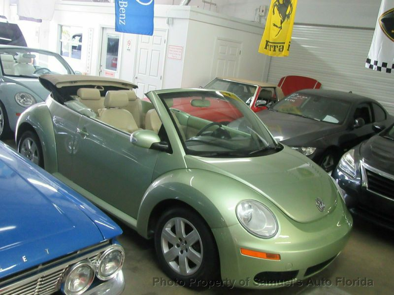2007 Volkswagen New Beetle Convertible  - Click to see full-size photo viewer
