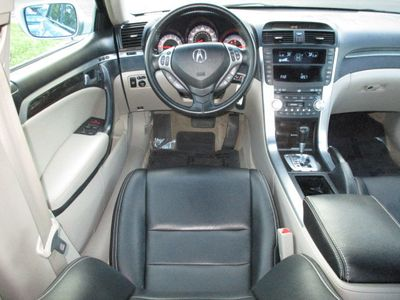 2008 Acura TL 4dr Sedan Automatic - Click to see full-size photo viewer