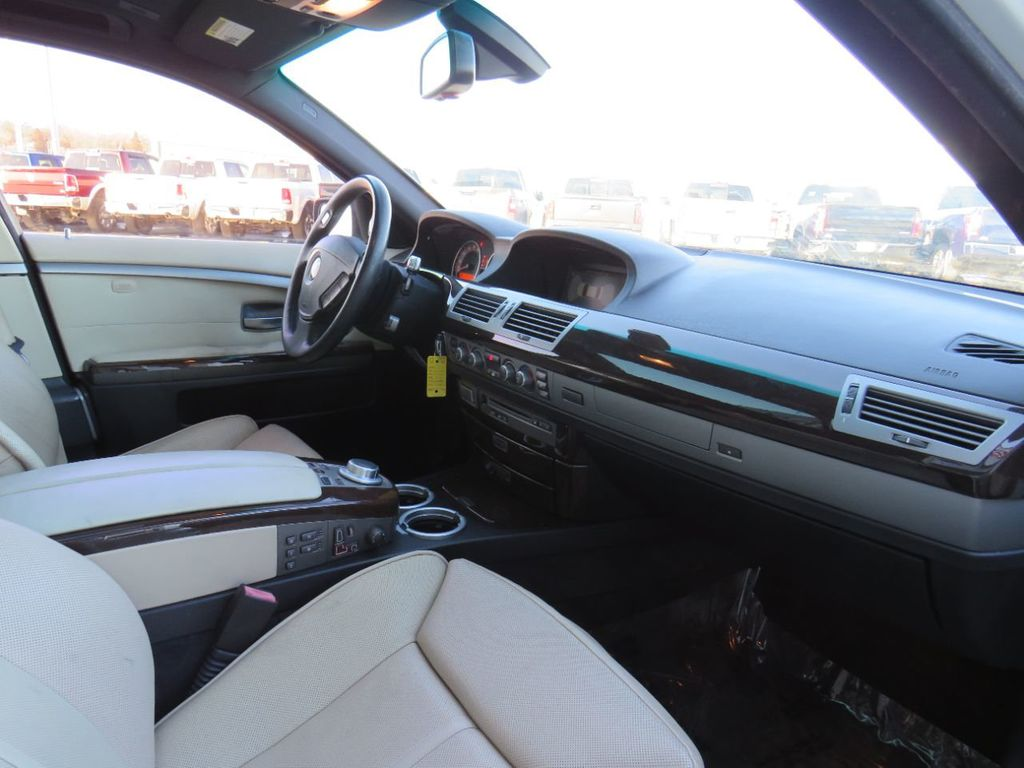 2008 BMW 7 Series 750i - 17540806 - 11