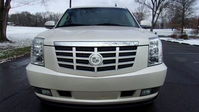 2008 Cadillac Escalade AWD 4dr - Click to see full-size photo viewer