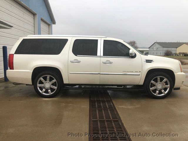 2008 Cadillac Escalade Esv >> 2008 Used Cadillac Escalade Esv Florida Rust Free Rare 2nd Row New Tires Brakes Battery Tuneup At Midwest Auto Collection Serving Sycamore Il Iid