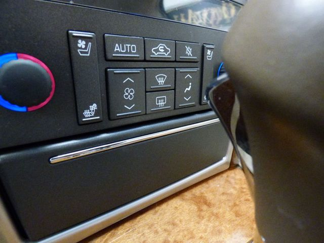 2008 Cadillac STS Base Trim - Click to see full-size photo viewer