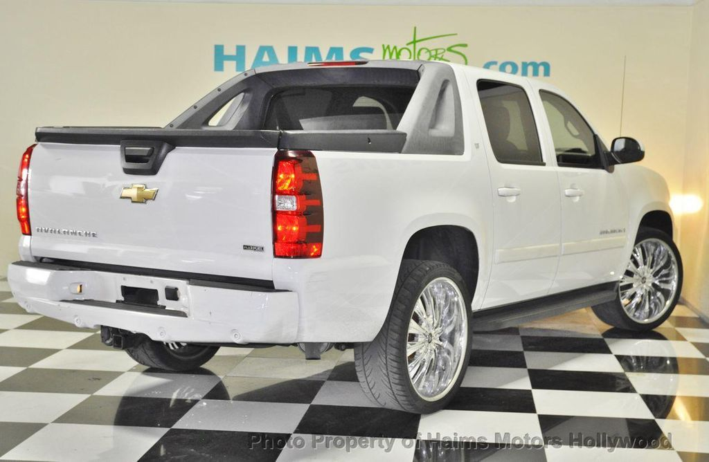 2008 used chevrolet avalanche 2wd crew cab 130 lt w 2lt. Black Bedroom Furniture Sets. Home Design Ideas