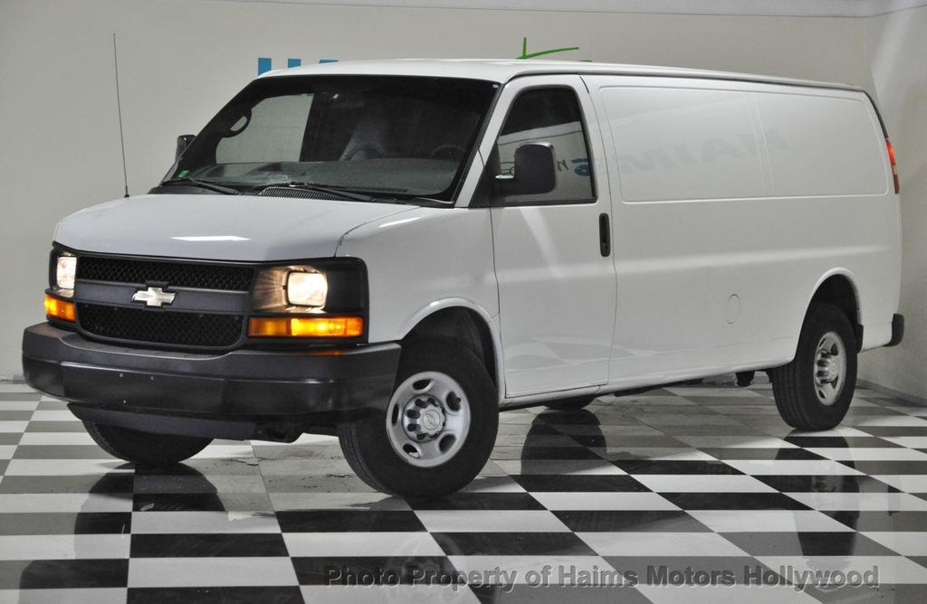 2008 Chevrolet Express Cargo Van Rwd 2500 155 12769357