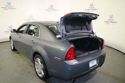 2008 Chevrolet Malibu 4dr Sedan LT w/2LT - Click to see full-size photo viewer