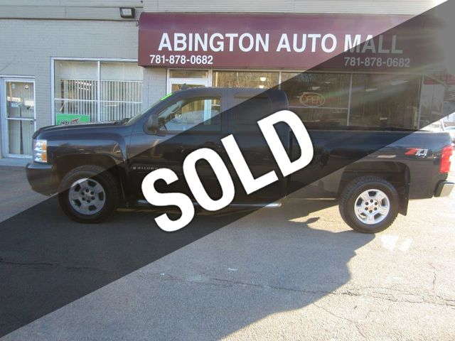 "2008 Chevrolet Silverado 1500 4WD Ext Cab 143.5"" LT w/1LT"