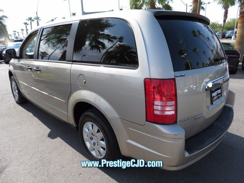 2008 Chrysler Town & Country 4dr Wagon LX - 16812622 - 6
