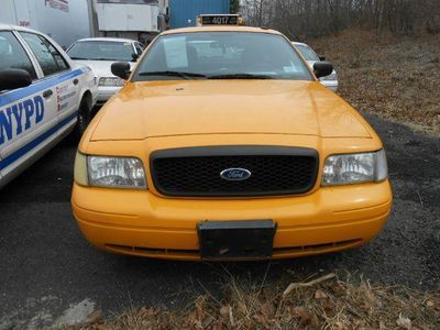 2008 Ford Crown Victoria NYC TAXI LIMO - Click to see full-size photo viewer