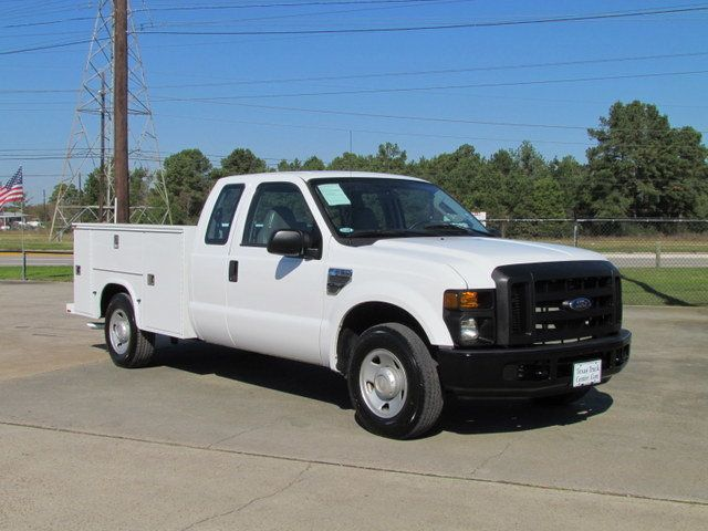 2008 Ford F250 Utility-Service 4x2 - 13988974 - 1