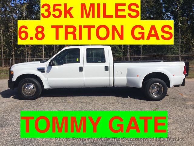 2008 Ford F350HD CREW CAB JUST 35k MILES LIFT GATE ONE OWNER 6.8 TRITON TOMMY GATE