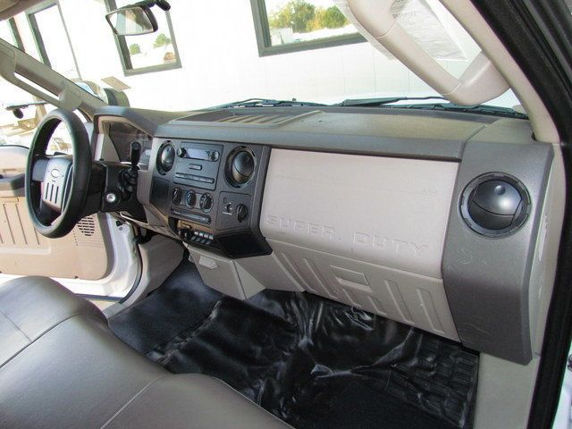 2008 Ford F550 Utility-Service 4x2 - 14105244 - 24
