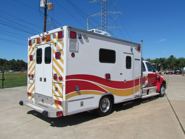 2008 Ford F650 Ambulance - 13343729 - 13