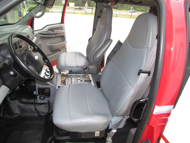 2008 Ford F650 Ambulance - 13343729 - 15