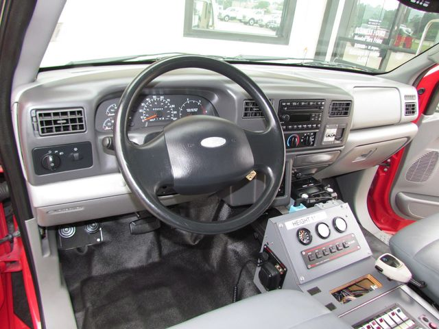 2008 Ford F650 Ambulance - 13343729 - 16