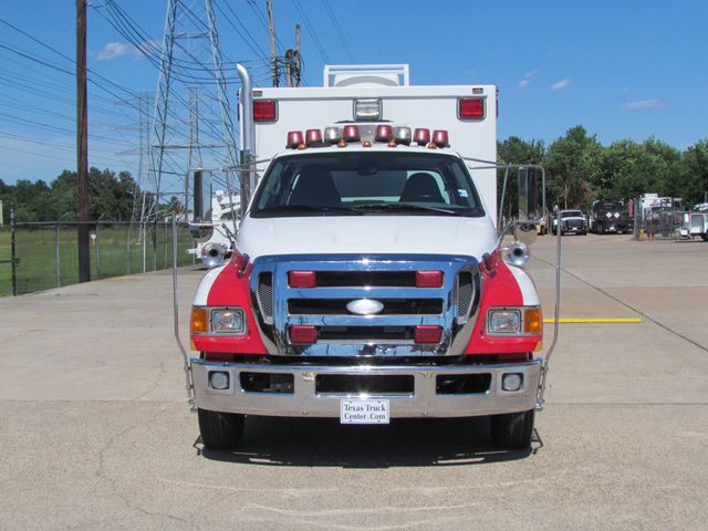2008 Ford F650 Ambulance - 13343729 - 2