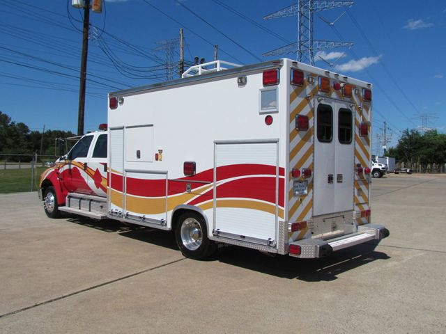 2008 Ford F650 Ambulance - 13343729 - 6
