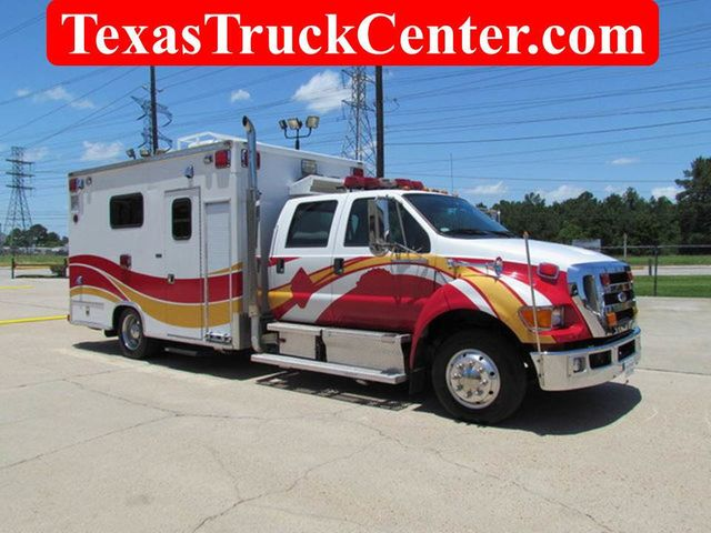 2008 Ford F650 Ambulance - 13343785 - 0