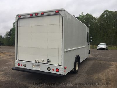 2008 Ford STEP VAN TALL & LONG DRW JUST 56k MILES WIDE BODY!! COLD A/C!! ONE OWNER - Click to see full-size photo viewer