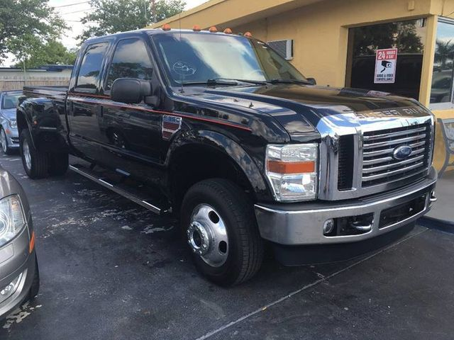 "2008 Ford Super Duty F-350 DRW 4WD Crew Cab 156"" Lariat - Click to see full-size photo viewer"